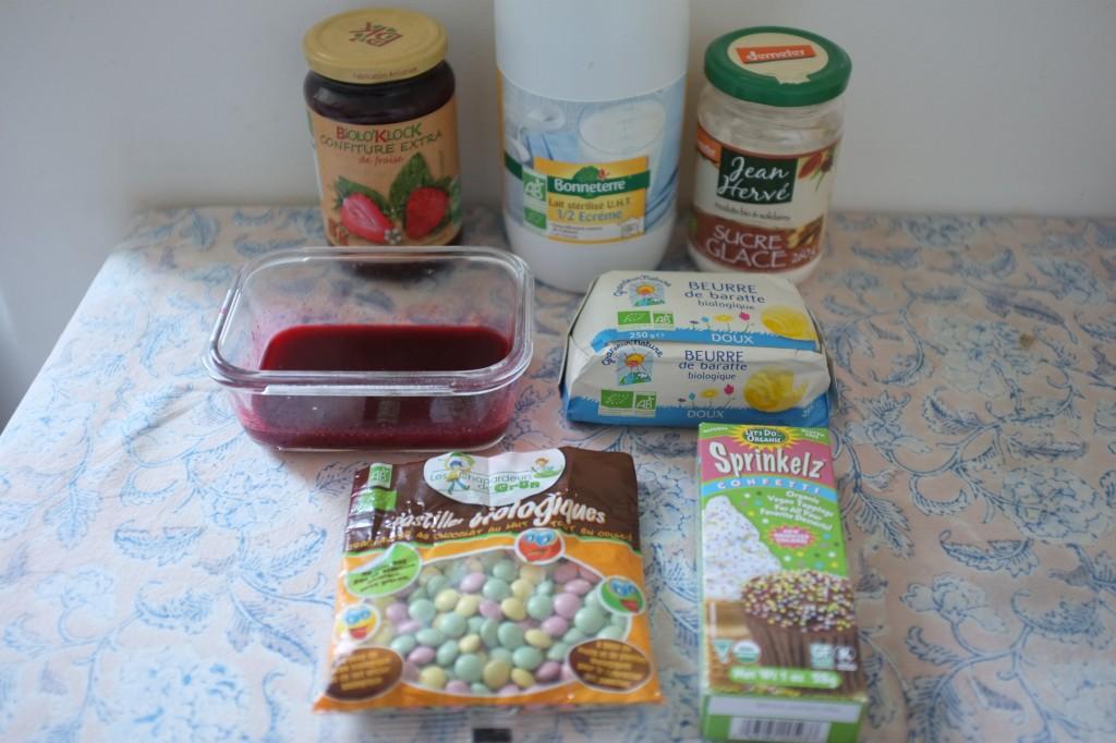 Les ingrédients pour la décoration et le glaçage