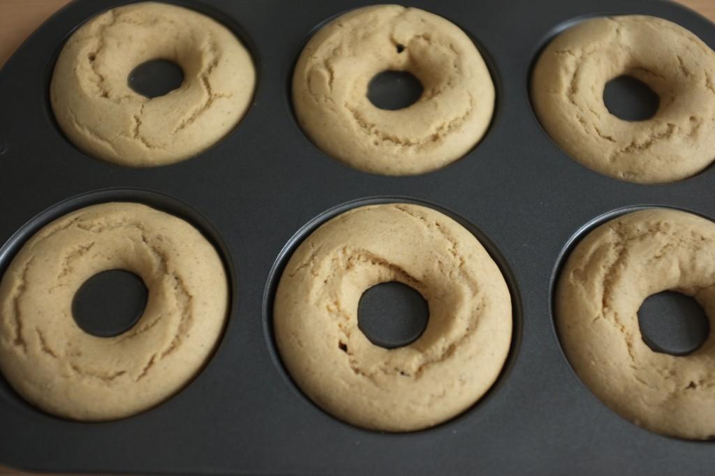 Les donuts à la cannelle à la sortie du four