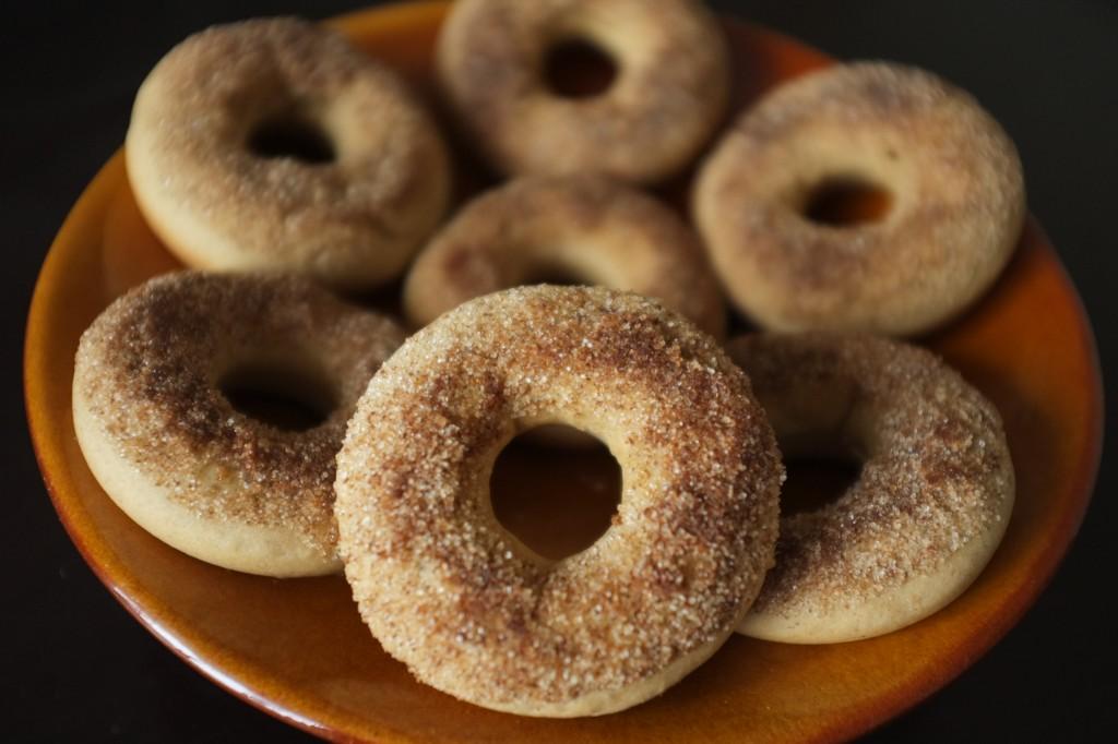 Les donuts sans gluten à la cannelle