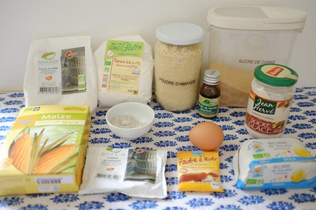 Les ingrédients pour les biscuits sans gluten litchi-framboise