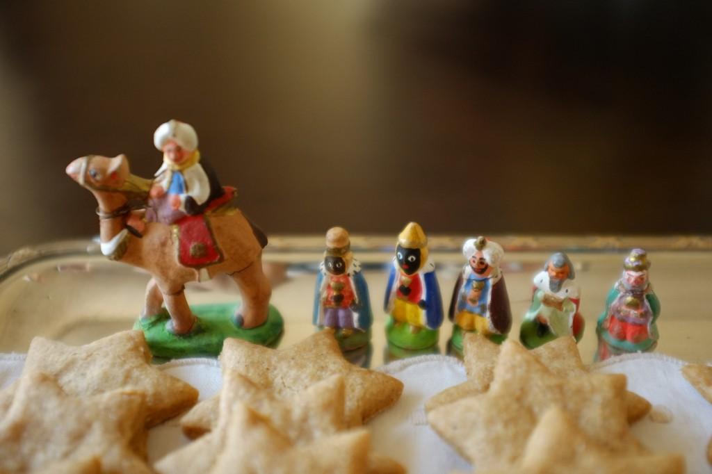 Notre crène de Noël est si ancienne (certains santon date de 1914) nous avons aujourd'hui 6 Rois mages