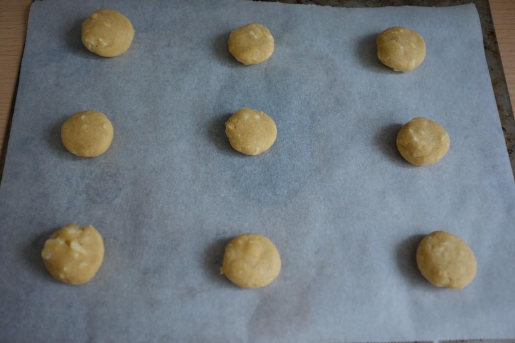 Les cookies sans gluten avant d'être enfournés