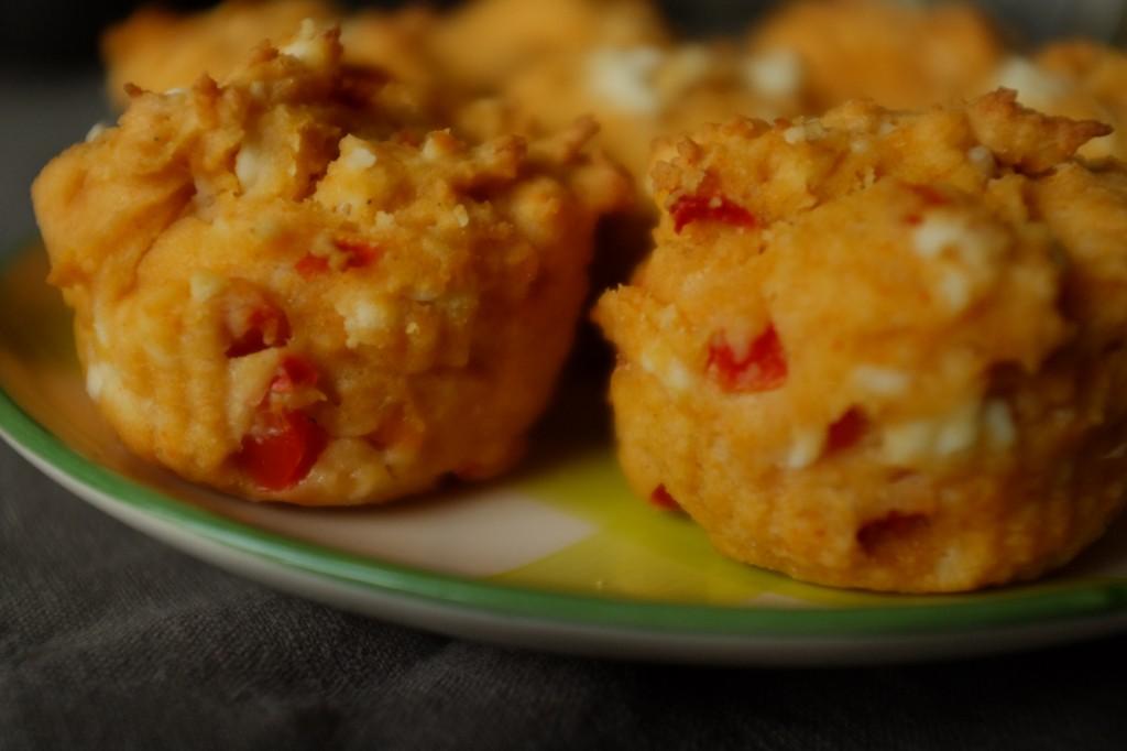 Les muffins sans gluten féta et poivron rouge