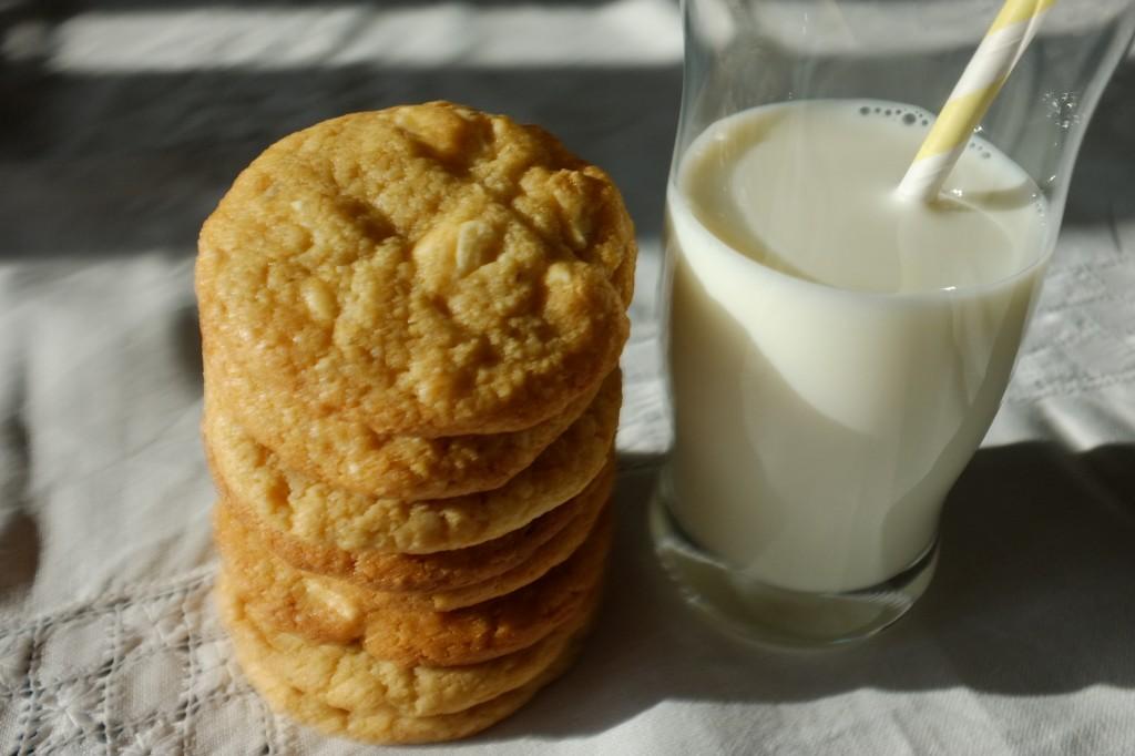 Les cookies sans gluten aux pépites de chocolat blanc