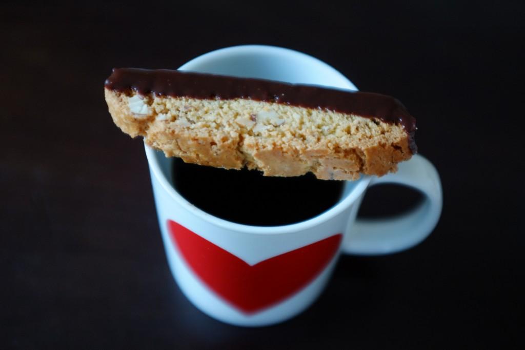 Le biscotti sans gluten orange, amande et chocolat noir