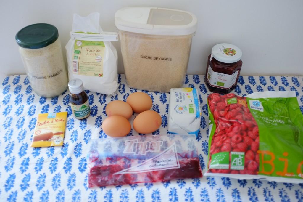 Les ingrédients sans gluten pour le gâteau à la framboise pour Ava