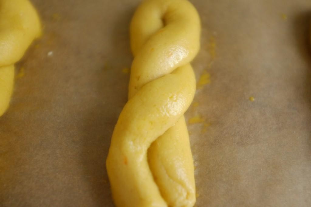 Le Koulourakia sans gluten avant d'être enfourné