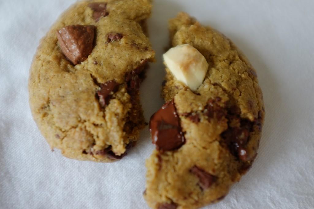 Le cookie sans gluten aux 3 chocolats: noir, blanc et au lait