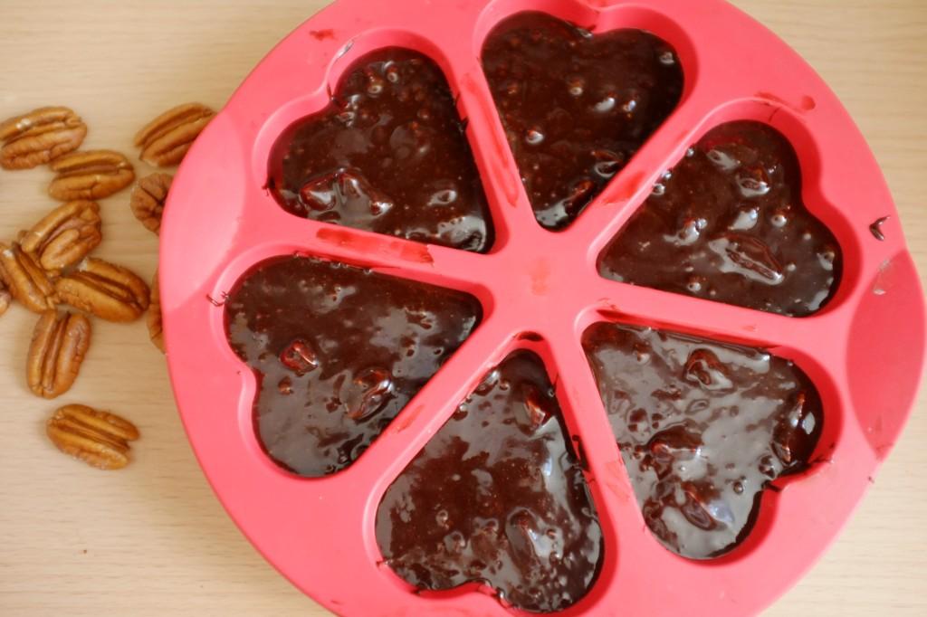 Les moules individuels en formes de coeur pour  célébrer la fête des pères