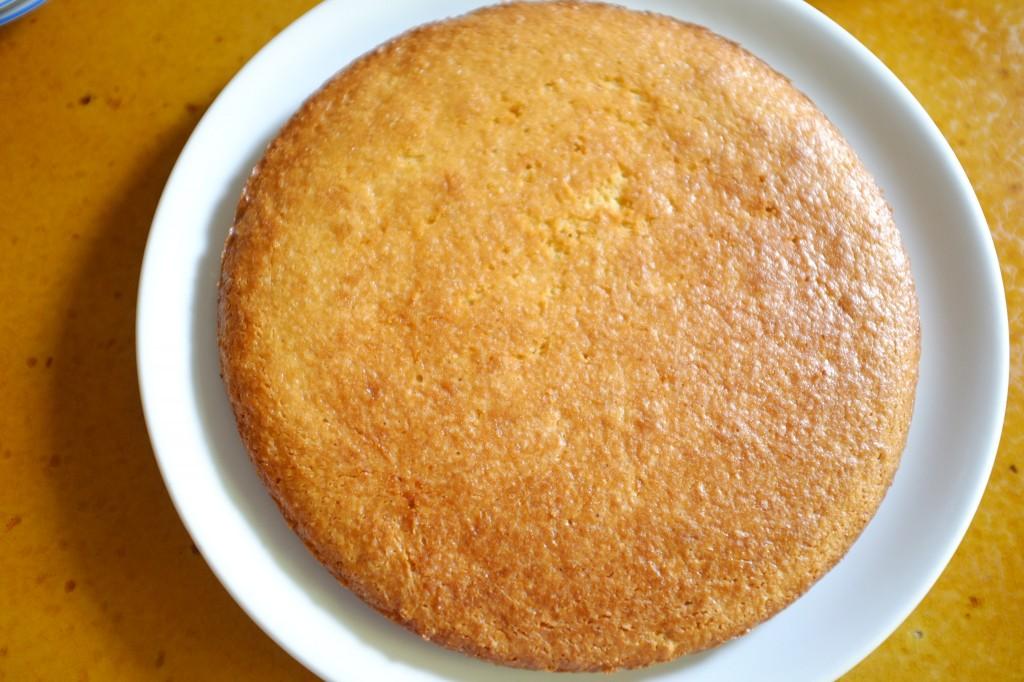 Le gâteau sans gluten à l'orange