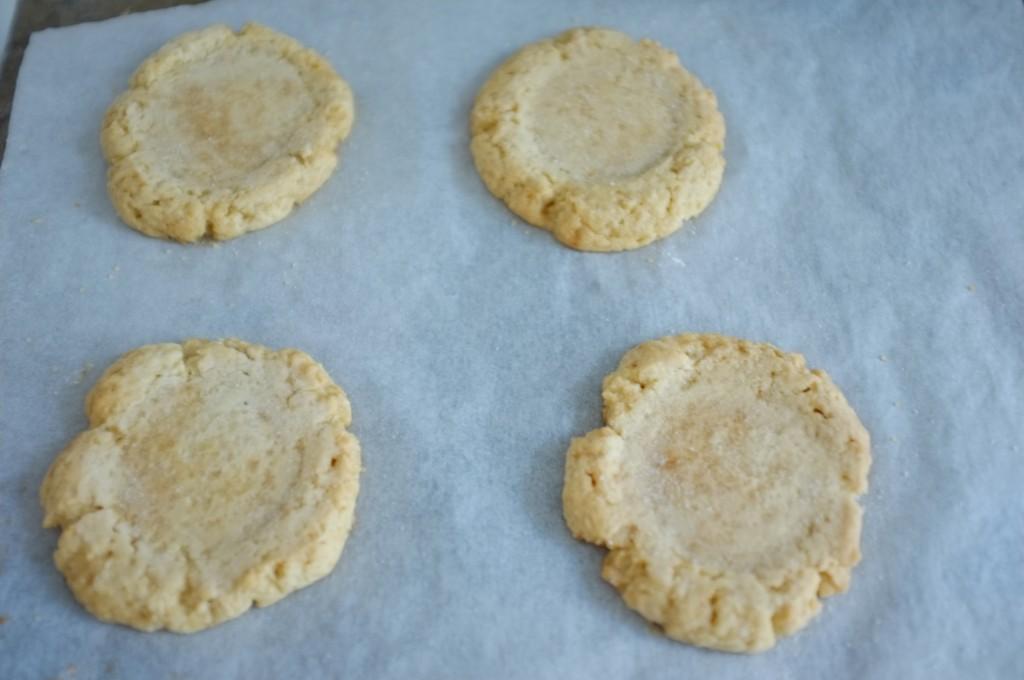 Les cookies rose pour Meredith, à la sortie du four