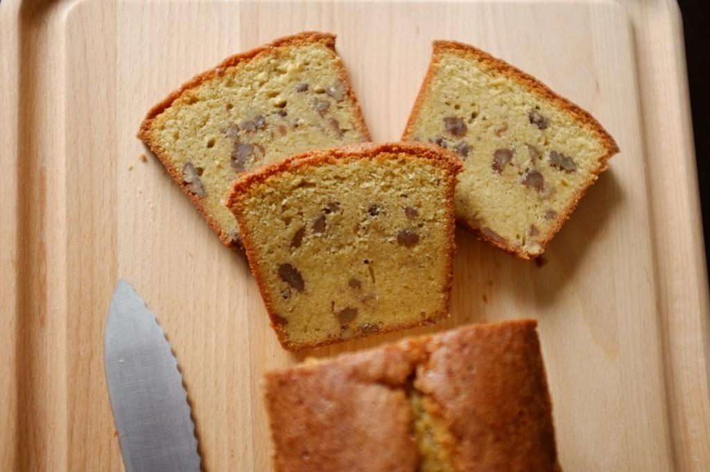 Les tranches de cake sans gluten au sirop d'érable et noix de pécan