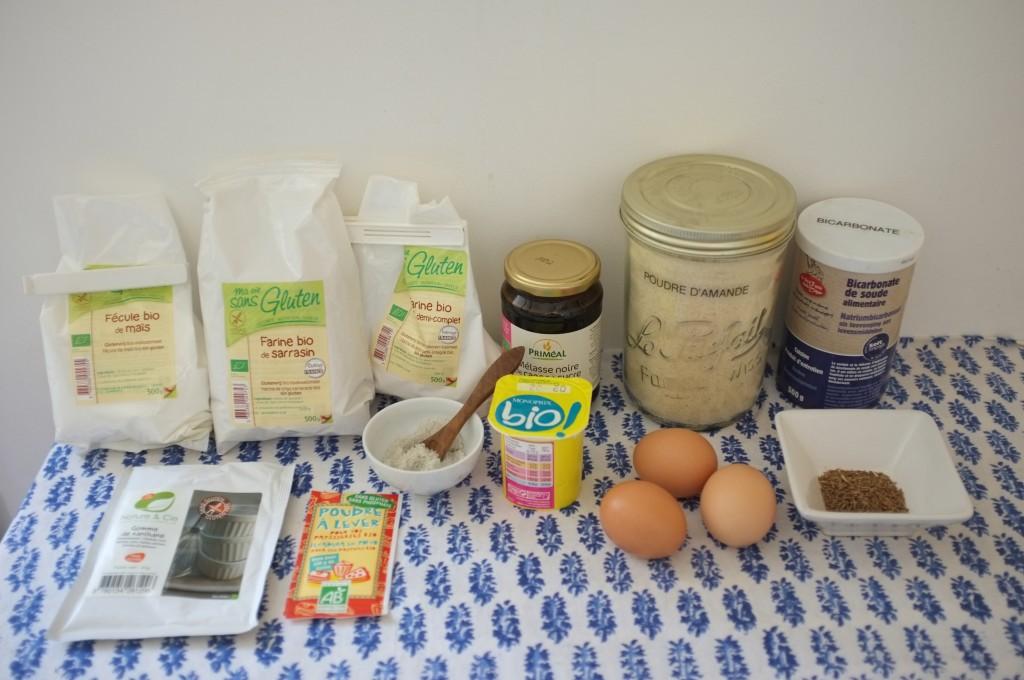 les ingrédients sans gluten pour la recette de pain rustique au cumin