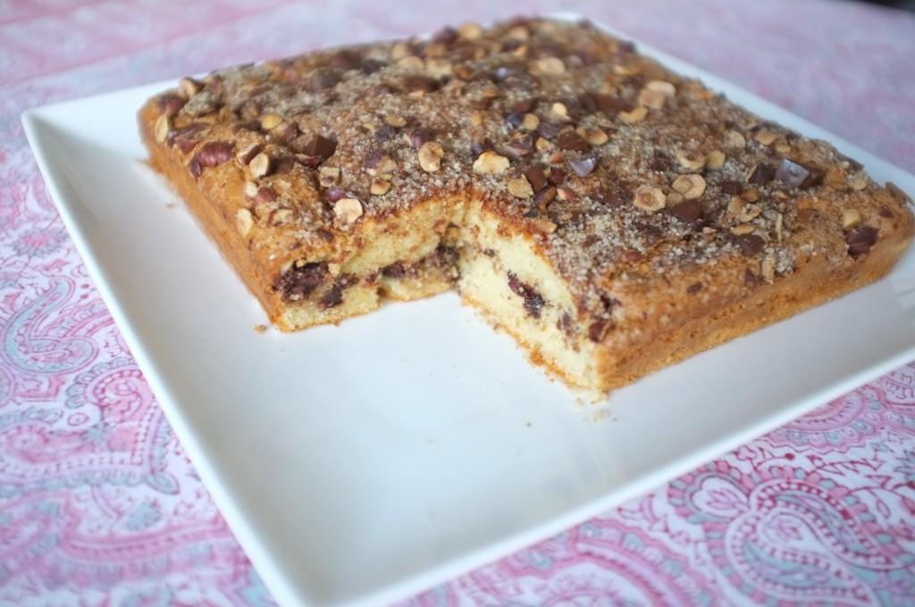 Le gâteau sans gluten chocolat, noisette et cannelle...on apperçoit l'intérieur.