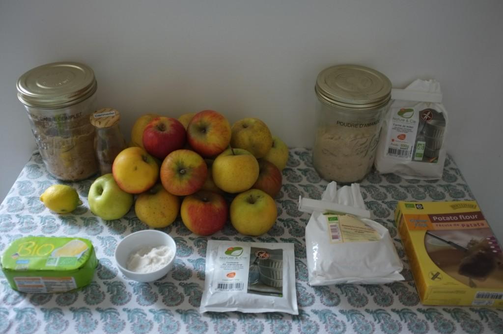 les ingrédients sans gluten pour le gâteau aux pommes
