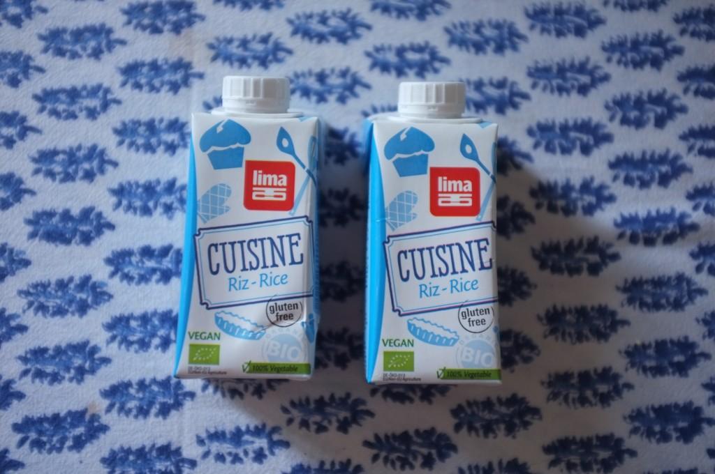 Pour être sans lactose, J'ai utilisé de la crème de riz pour remplacer ma crème fleurette habituelle... personne n'a sentie de différence!