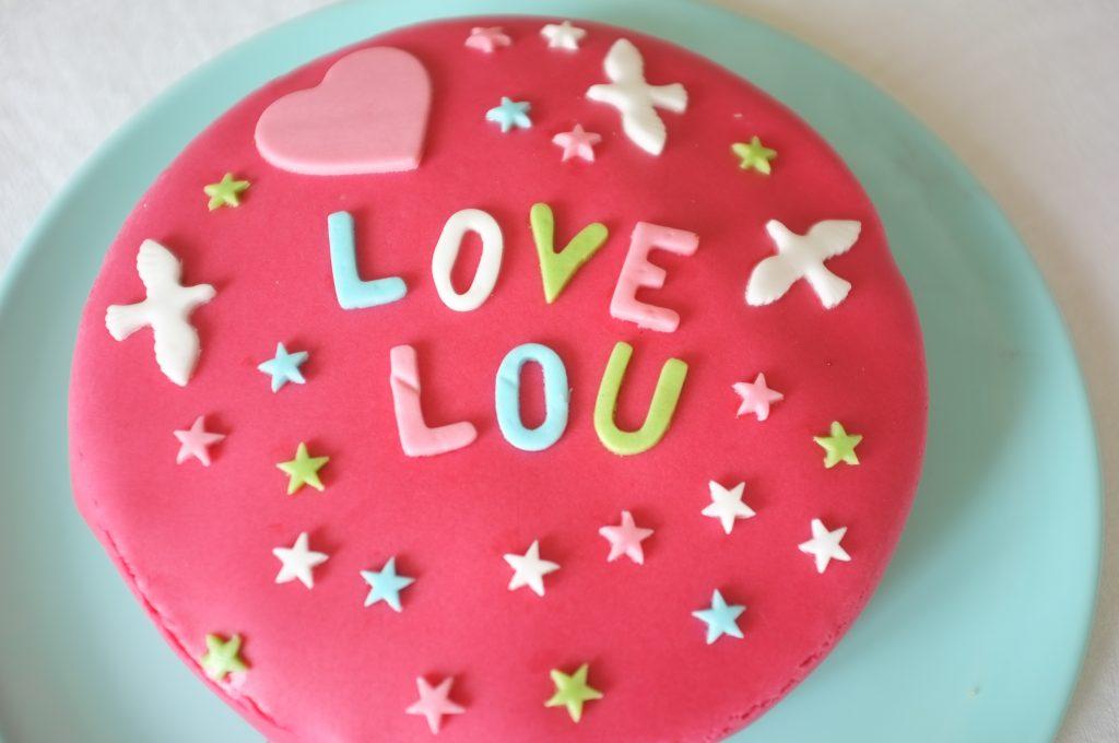 Le gâteau d'anniversaire de Lou