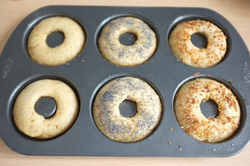 Les bagels sans gluten à la sortie du four