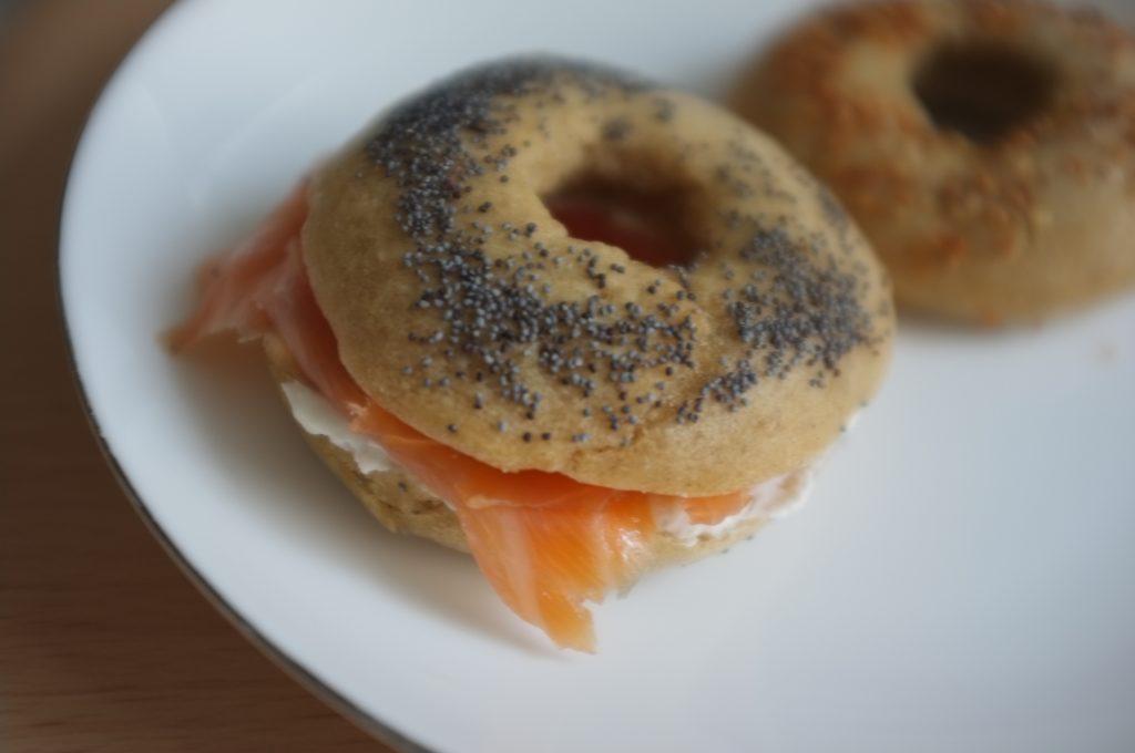 Ma saveur préférée, bagel avec crème de fromage et saumon fumé...un régal.