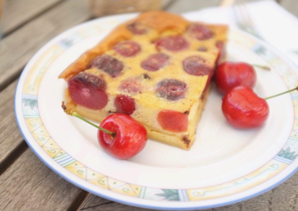clafoutis sans gluten aux cerises et pépites de chocolat